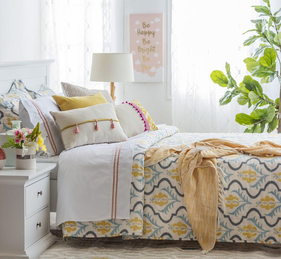 decorar tu dormitorio con muebles claros