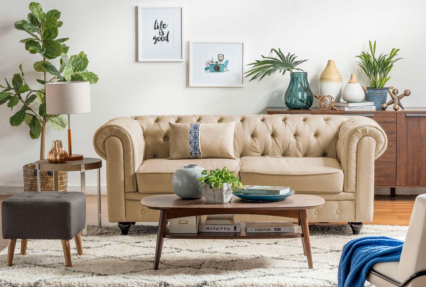 sofa beige mesa de madera
