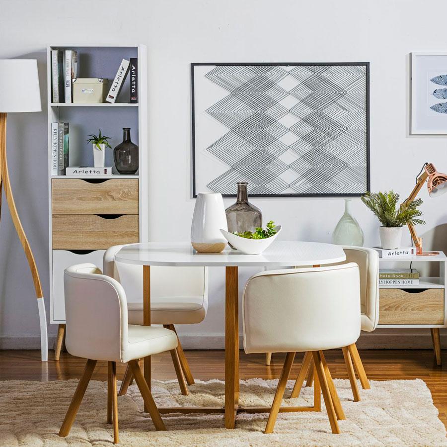mesa blanca con sillas retro comedor