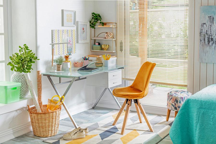 Dormitorio multifuncional con escritorio