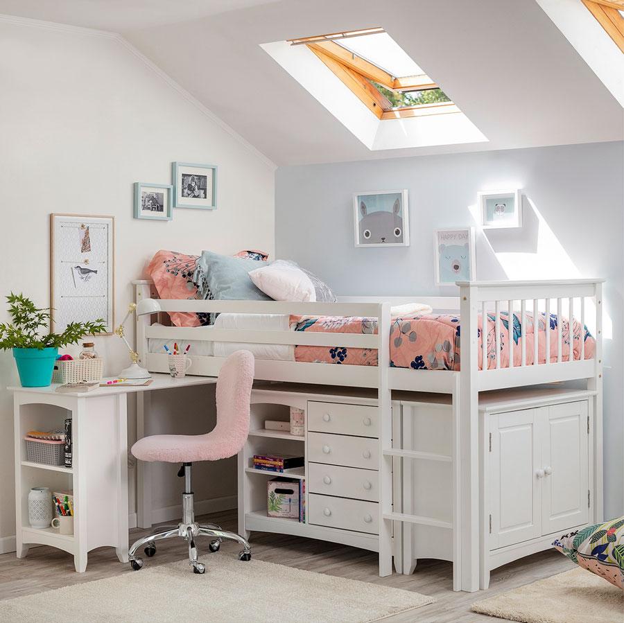 Dormitorio infantil con cama multifuncional