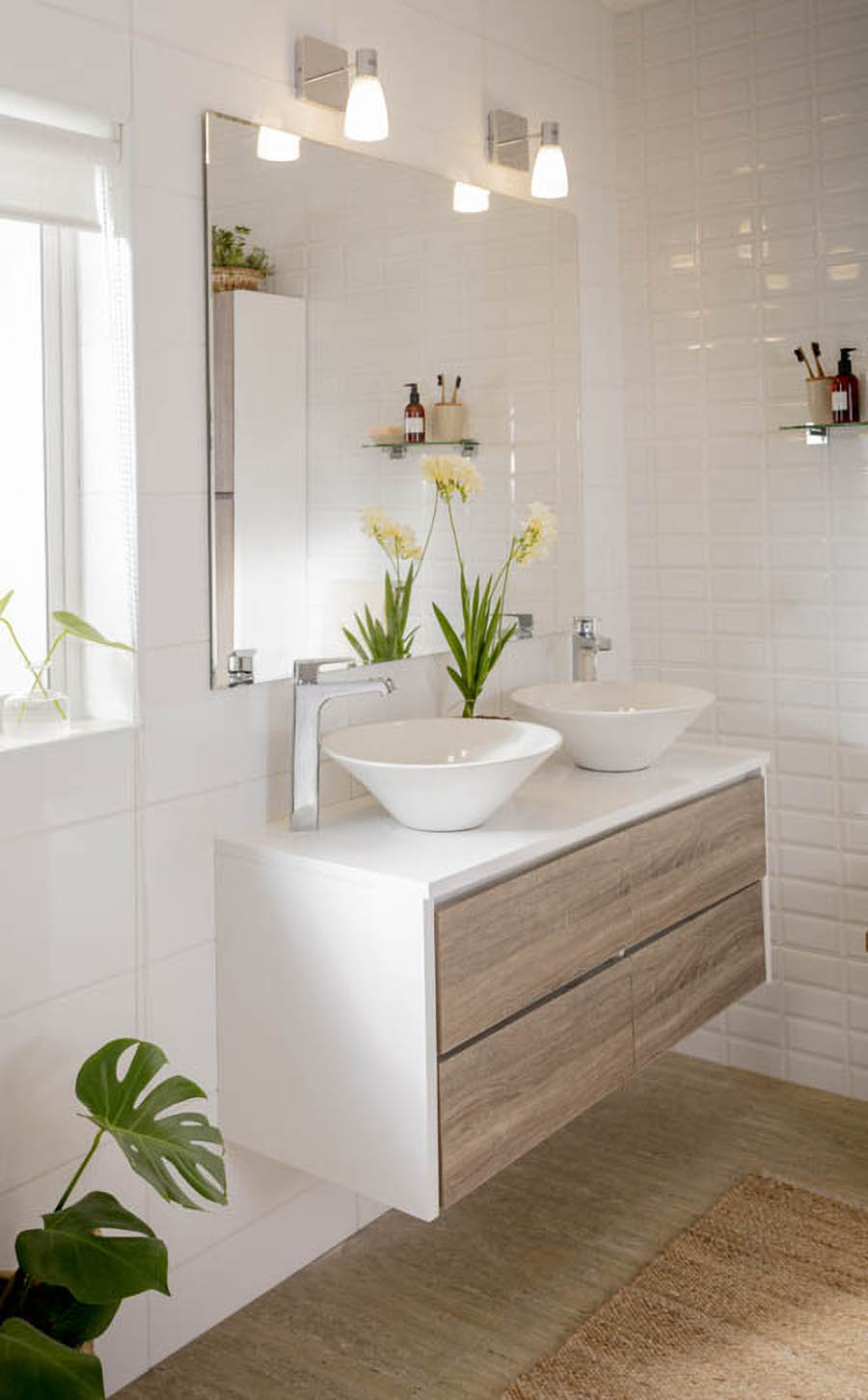 Decoracion de baño pequeño iluminacion