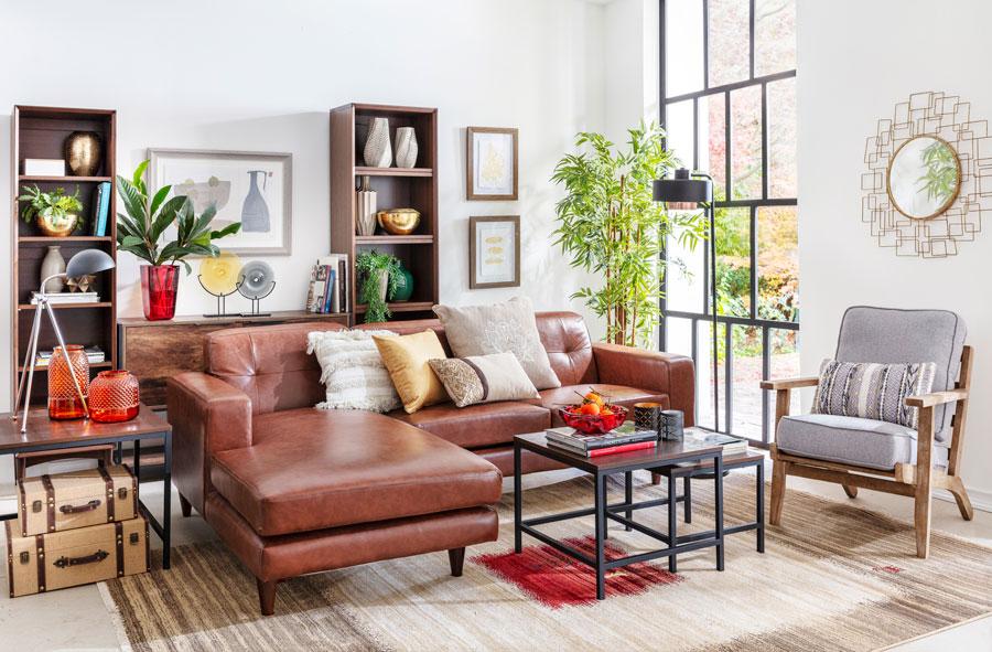 Un living con elementos de la decoración típicamente industrial, y al mismo tiempo elementos de decoración rústica. Una técnica para vivir en pareja, es combinar los estilos de decoración.