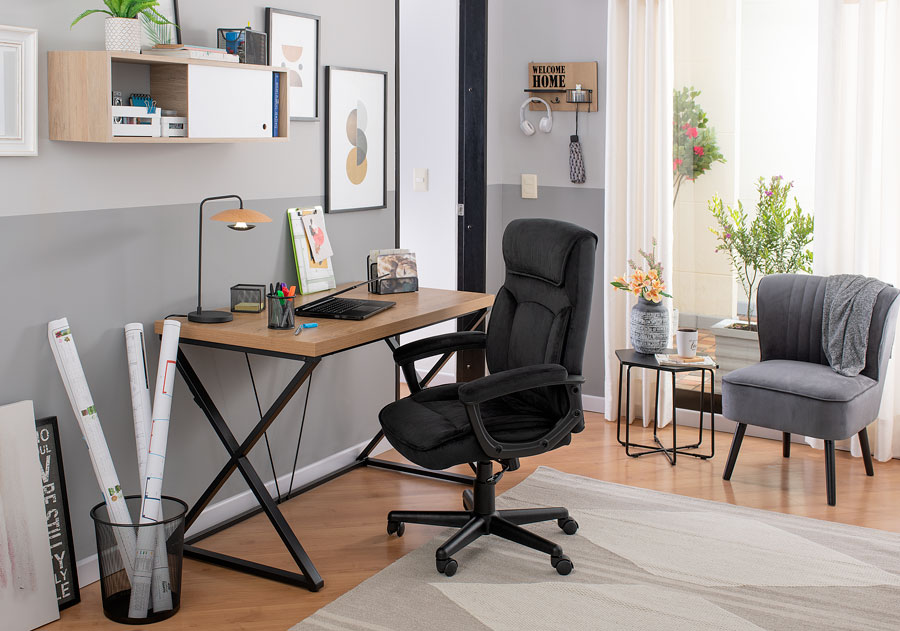 Un pequeño escritorio oficina en casa, para crear espacios individuales a la hora de vivir en pareja