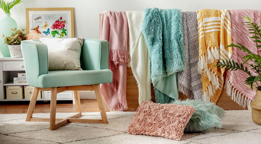 Hay muchos diseños de mantas que pueden decorar tus espacios