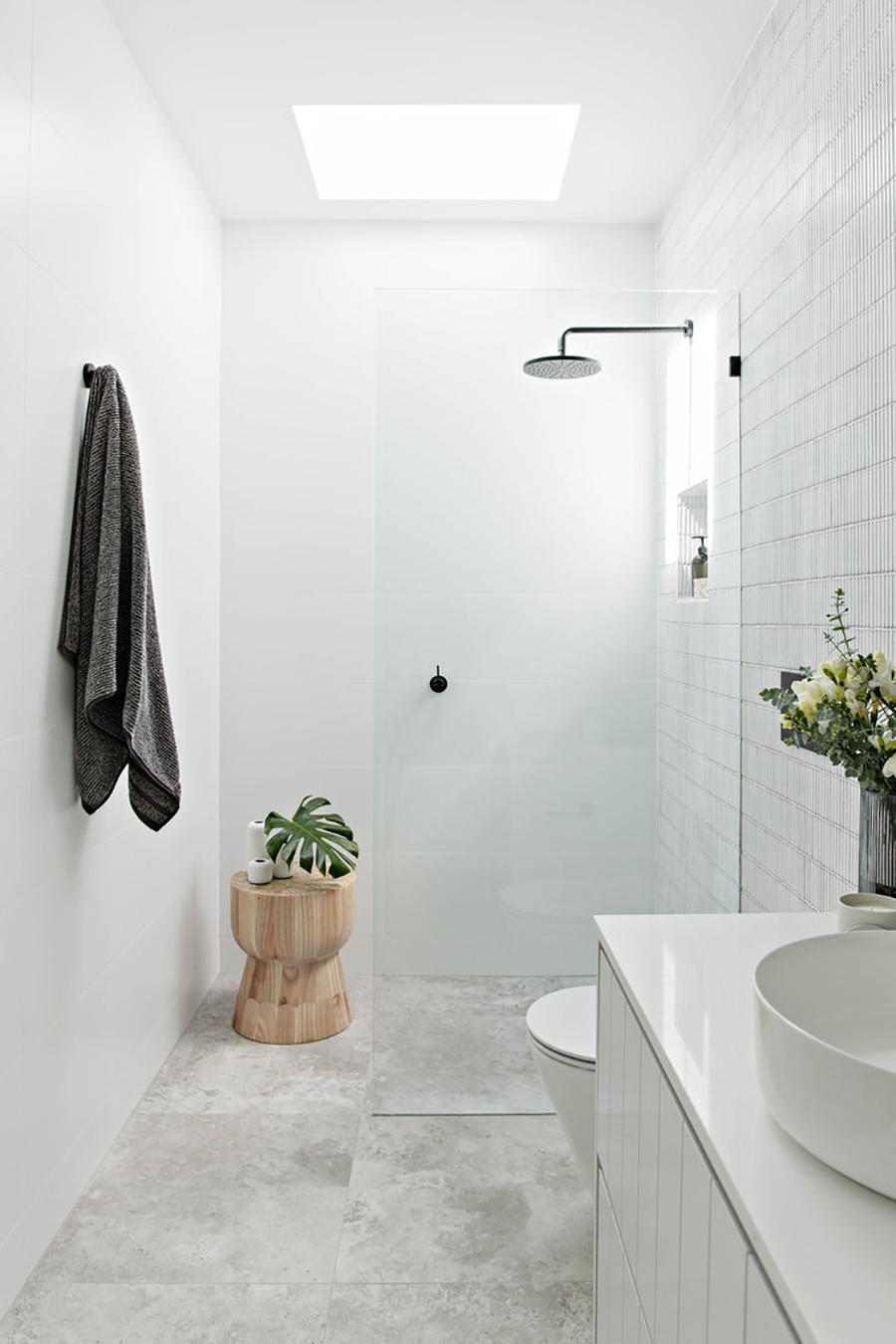 Una mampara fija en la ducha