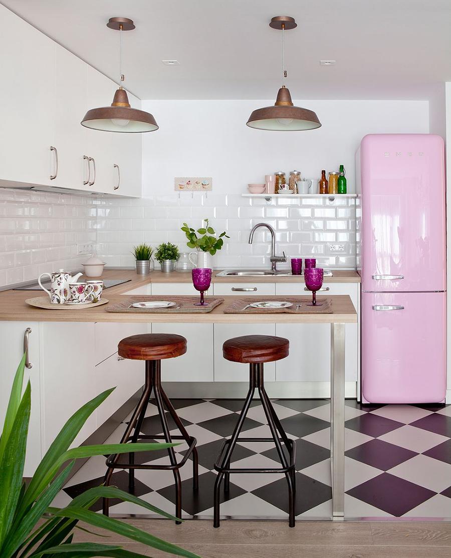 En una cocina abierta puedes lucir electrodomésticos originales y de diseño.