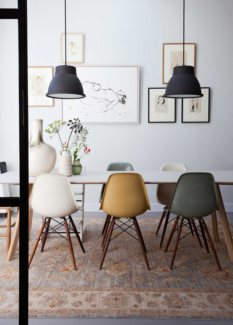 Famosas sillas de diseño Eames.