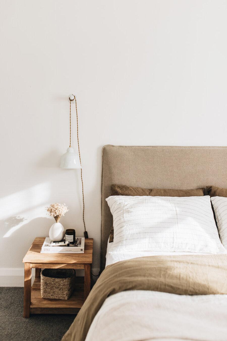 Elementos decorativos fabricados por artesanos le darán una vibra slow deco a tus espacios.