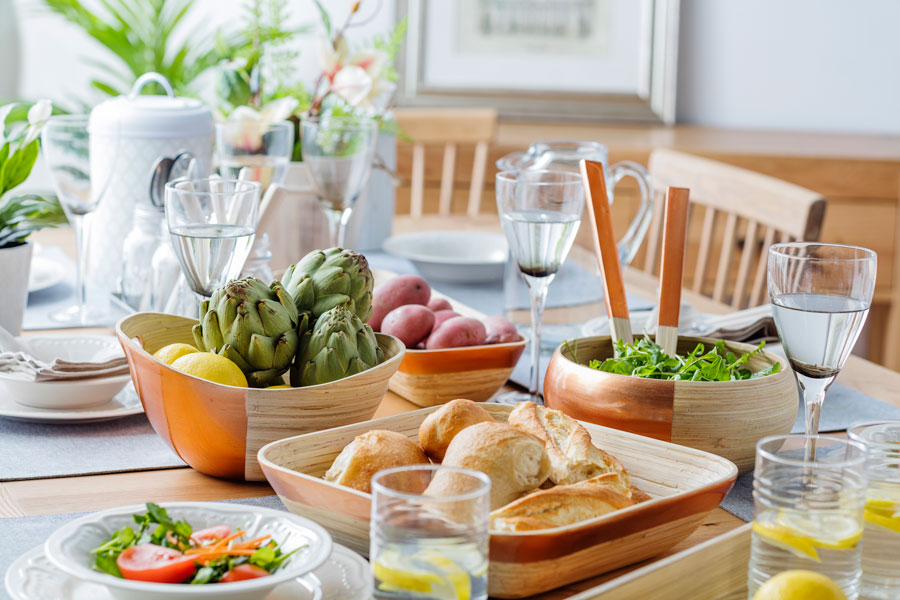 tendencia decorar con bambu cocina mesa
