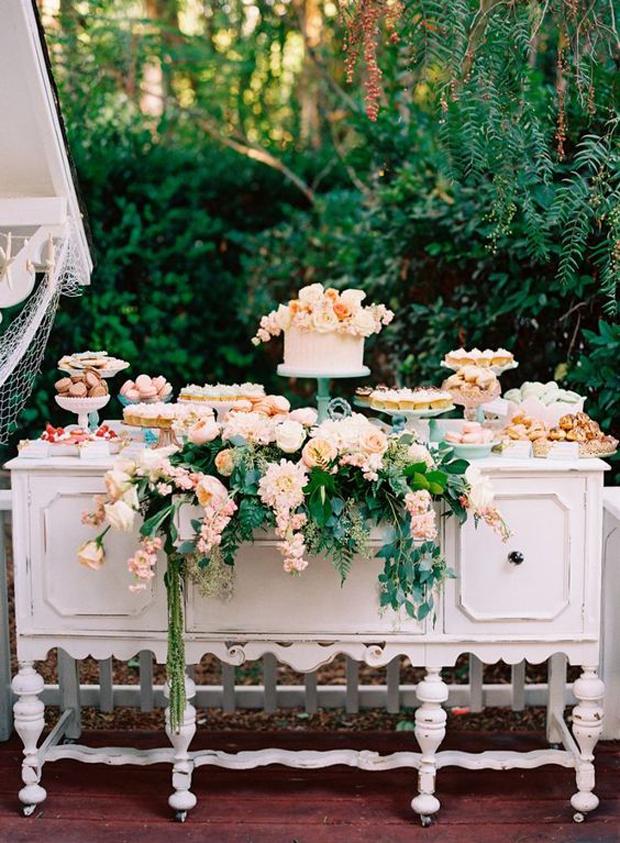 mesas dulces grandes y chicos flores naturales